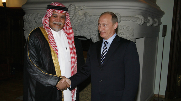 Russian President Vladimir Putin (R), and Prince Bandar bin Sultan bin Abdulaziz Al-Saud, general secretary of the National Security Council of Saudi Arabia (RIA Novosti)