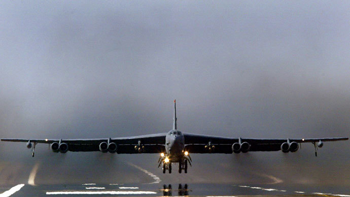 B52 Bomber.(Reuters / Darren Staples)