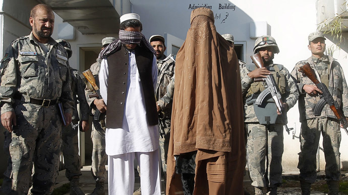 Taliban insurgents, arrested by Afghan Border Police, are presented to the media in Jalalabad February 7, 2013 (Reuters/Parwiz)