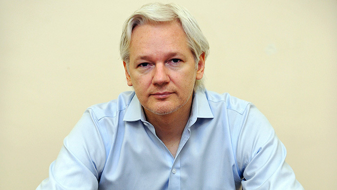 Julian Assange (Reuters / Anthony Devlin / Pool)