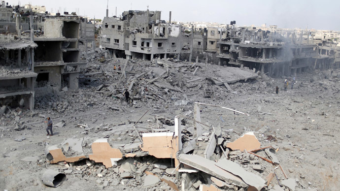 A general view of destroyed and damaged houses in Beit Hanoun town, which witnesses said was heavily hit by Israeli shelling and air strikes during the Israeli offensive, in the northern Gaza Strip July 26, 2014. (Reuters/Suhaib Salem)