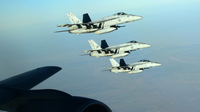 This US Air Forces Central Command photo released by the Defense Video & Imagery Distribution System (DVIDS) shows a formation of US Navy F-18E Super Hornets in flight after receiving fuel from a KC-135 Stratotanker over northern Iraq (AFP Photo/ US Air Force / Staff Sgt. Shawn Nickel)