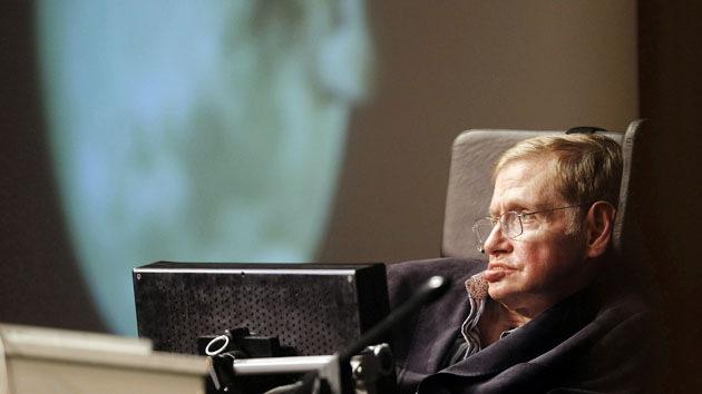 """Stephen Hawking: """"He ganado la apuesta sobre las ondas gravitacionales"""""""