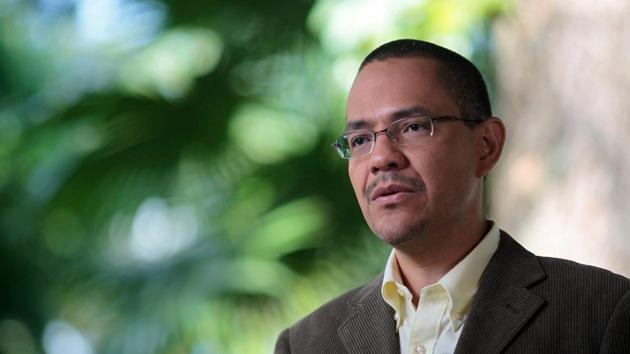 """Villegas: """"La insuficiencia respiratoria de Chávez persiste"""""""
