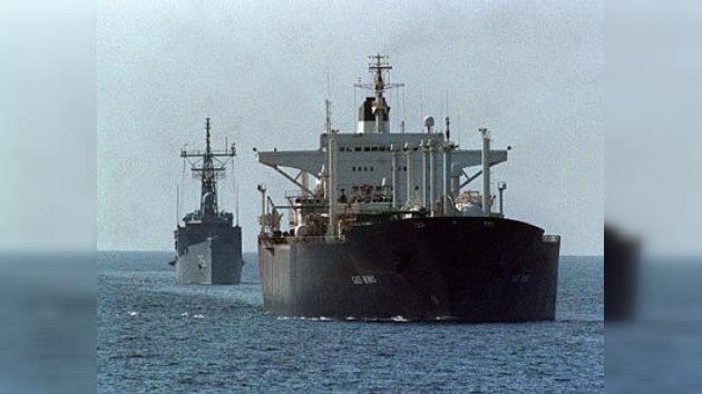 Irán desmiente haber cortado el suministro de crudo a seis países europeos