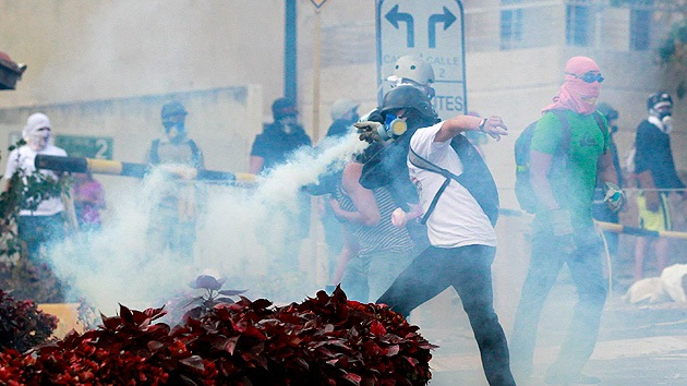 """Venezuela denuncia ante la ONU los ataques violentos de """"grupos terroristas"""""""