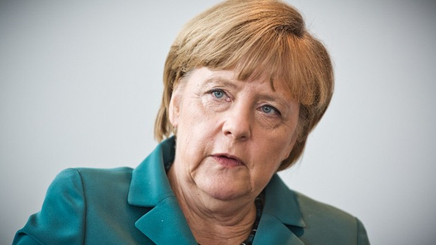"""Merkel: """"Google y Facebook deben informar sobre sus vínculos con servicios secretos"""""""
