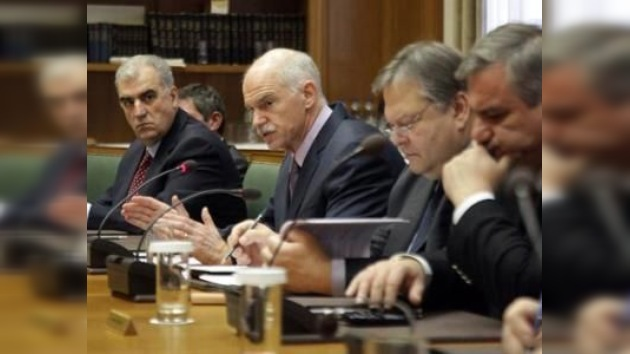 Papandreu dimitirá tras la creación del Gobierno de unidad nacional