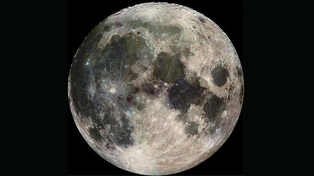 Descubren que la Luna tiene forma de limón