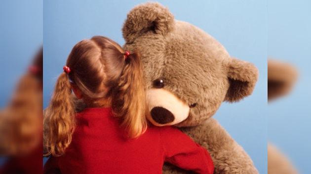 Intentan devolver a través de Facebook a un oso de peluche perdido