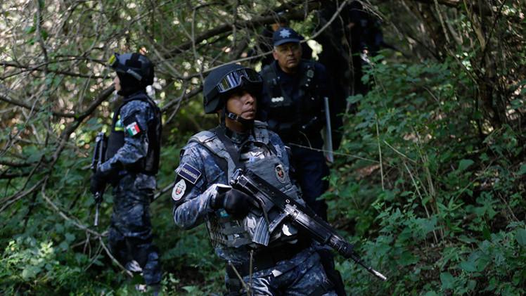 Búsqueda de los normalistas en México revela historias de muertes ocultas