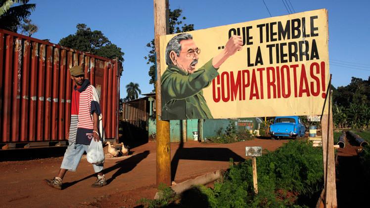 """""""La izquierda debe aplaudir la resistencia de Cuba ante el 'Goliat del norte'"""""""