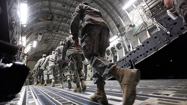 'Apoyo' a Irak en la lucha contra el EI: EE.UU. almacena equipos militares en Kuwait