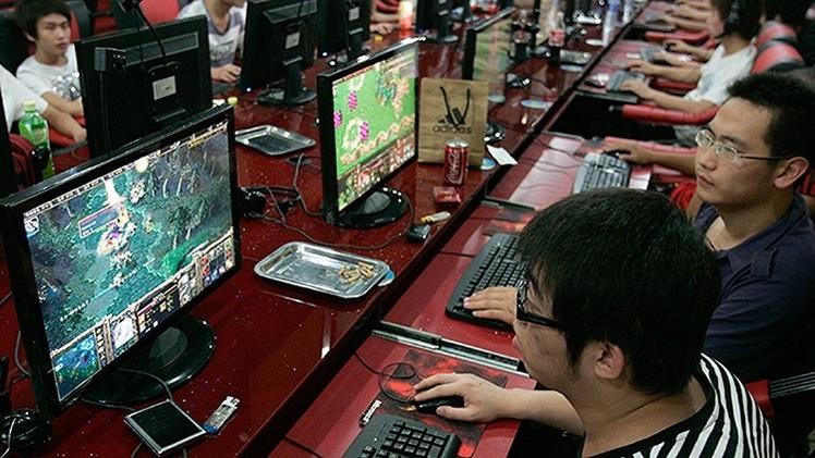 Un taiwanés aparece muerto en un cibercafé tras pasarse tres días seguidos jugando