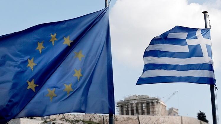 """El canciller griego: """"La UE debe cambiar de estrategia en sus relaciones con Rusia"""""""