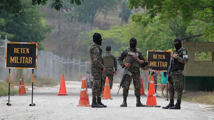 México: 36 horas de cárcel y multa por cantar narcocorridos en Chihuahua