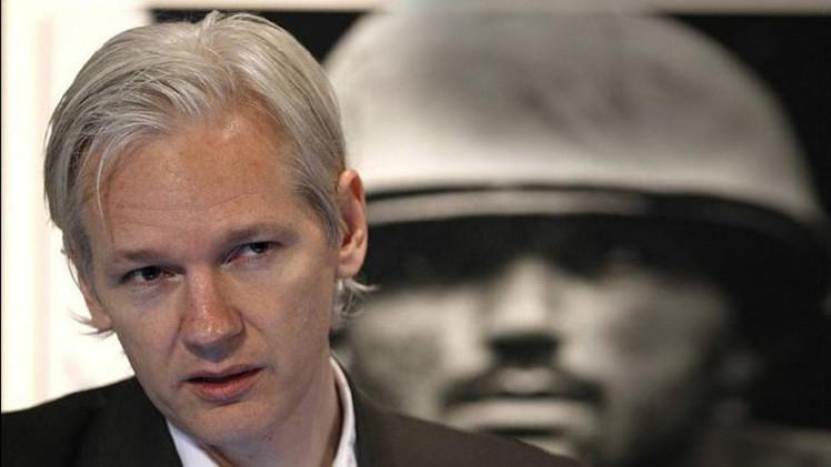 "Julian Assange: ""EE.UU. intenta sacar a Ucrania de la esfera de influencia de Moscú"""