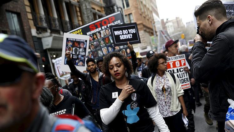 EE.UU.: Arrestan en Nueva York a 34 manifestantes contra la brutalidad policial