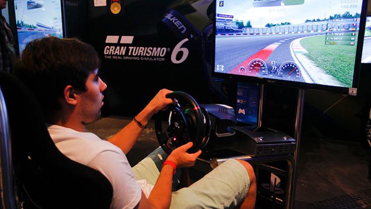 Youtuber y probador de videojuegos, las nuevas profesiones millonarias del futuro