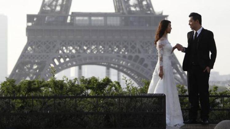 Un decorador brasileño deja plantadas a 42 novias el día de su boda y escapa a París
