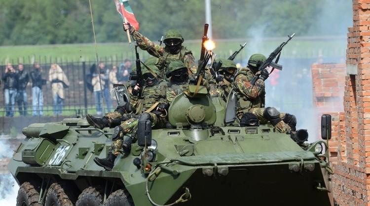 Al volante de tanques: Rusia abre al público el primer 'tankódromo'
