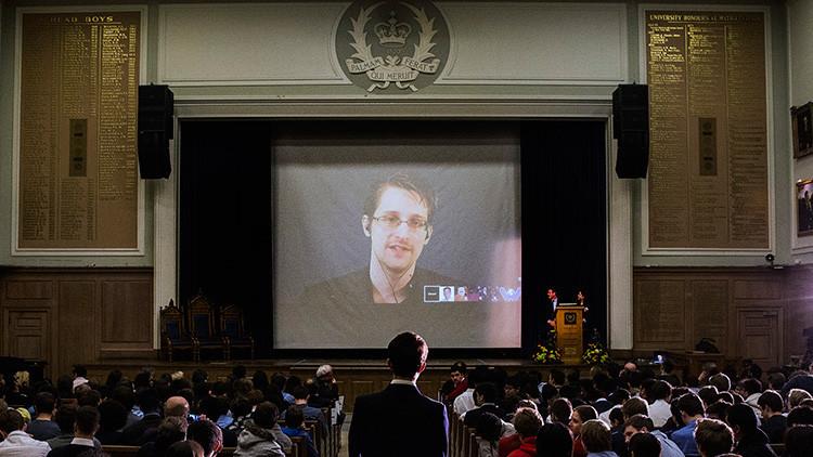 """Snowden pudo haber obtenido """"más de 900.000"""" documentos del Departamento de Defensa de EE.UU."""