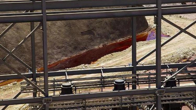Una corporación minera lleva a México al borde de la catástrofe ecológica (Video)