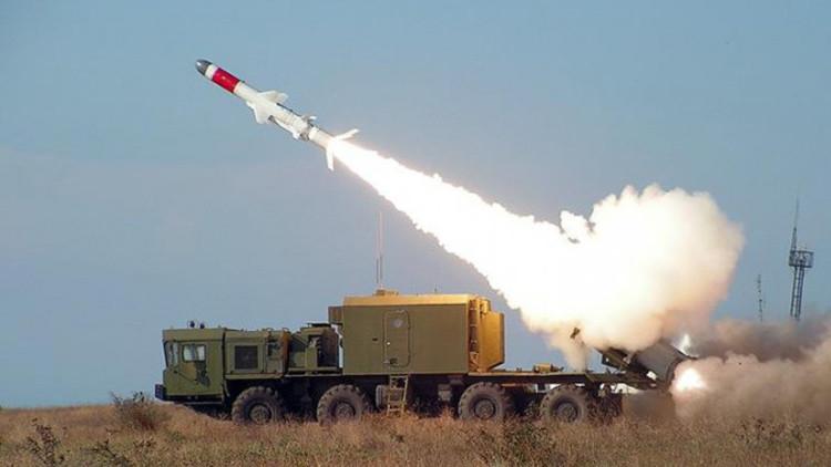 El sistema ruso de misiles Bal-E, una 'pesadilla' para buques de la OTAN