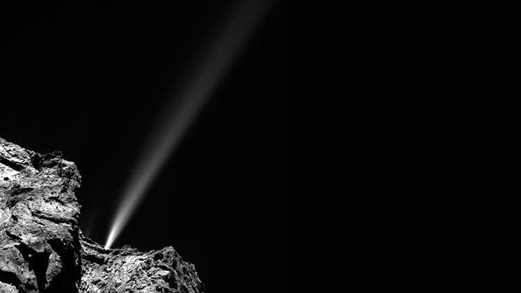 ¿Qué le sucede al cometa Churiúmov-Guerasimenko al acercarse al Sol?