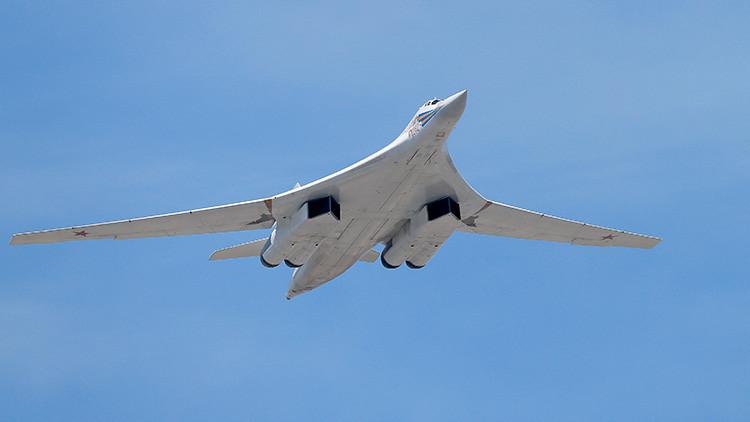 Rusia crea una 'bomba-misil' única con alas