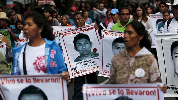Un normalista del caso Ayotzinapa rompe el silencio pese a las amenazas