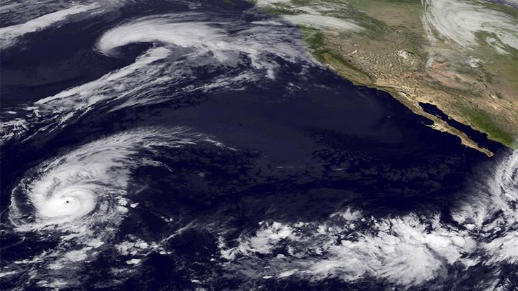 A punto de llegar a México: la intensidad del huracán Patricia no tiene precedentes en la historia