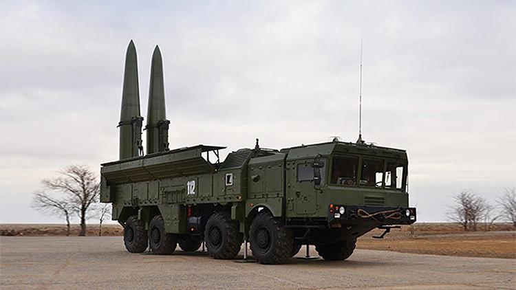 Rusia lanza por primera vez de noche sus misiles tierra-tierra Iskander-M