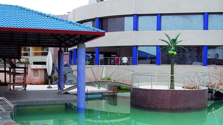 Asalto yihadista a un hotel de lujo en Mali: 140 turistas entre los rehenes