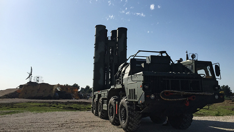 Video: Misiles rusos del sistema S-400 derriban objetivo 'jabalí' de propulsión a chorro