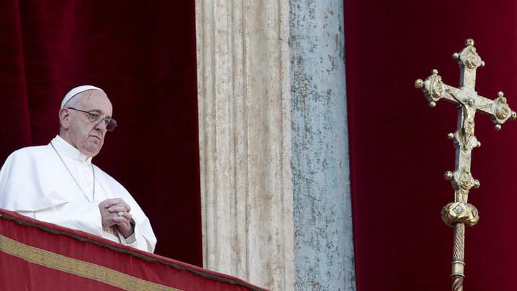 La bendición del 'Urbi et orbi': Papa Francisco llama a la concordia y a la paz entre los pueblos