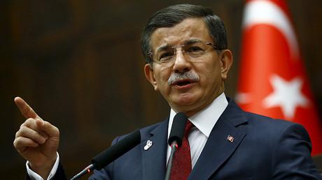El primer ministro de Turquía Ahmet Davutoglu