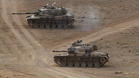 Tanques del ejército turco