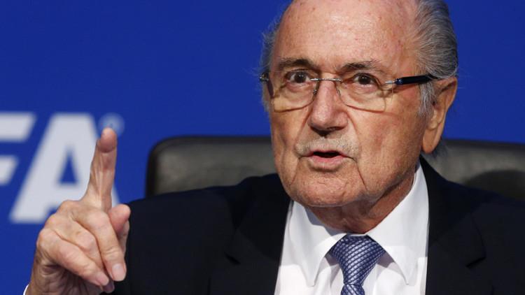Blatter apelará la decisión de inhabilitarle para las actividades futbolísticas