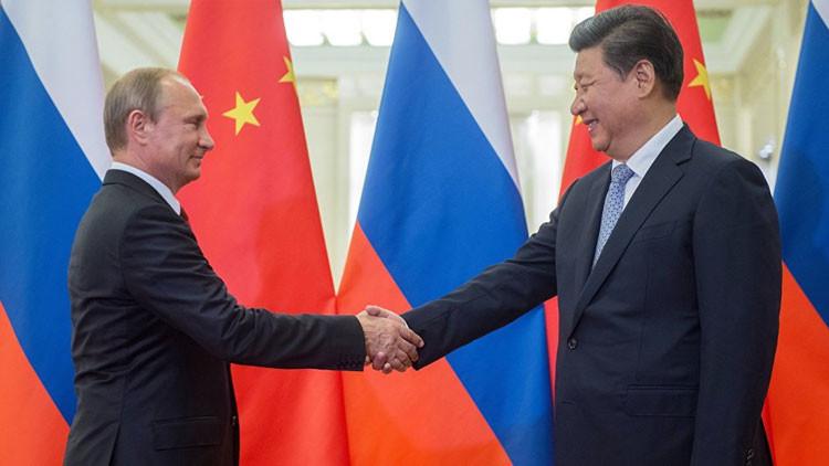 ¿Estados Unidos debe temer a la relación entre Rusia y China?