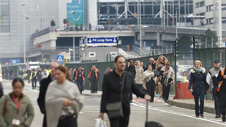 La historia que hay detrás de la icónica foto de dos mujeres víctimas de los atentados en Bruselas
