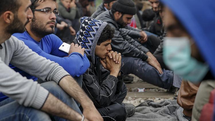 La Policía griega envía los primeros refugiados a Turquía en virtud del acuerdo con la UE (video)