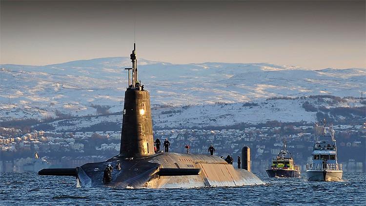La Marina británica vuelve a meter la cabeza bajo el hielo: sus submarinos vuelven al Ártico