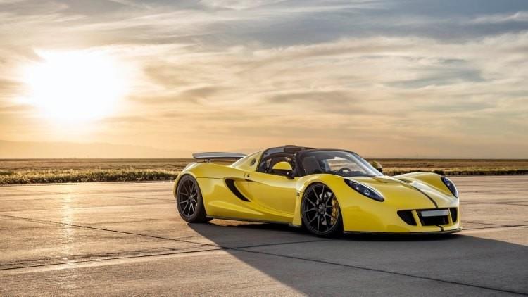 Venom GT Spyder rompe el récord mundial de velocidad para coches cabrio (Video y fotos)