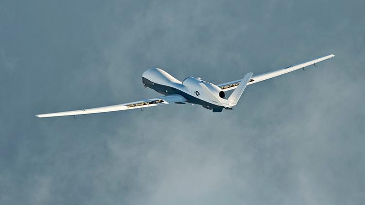 """Un pakistaní perseguido por drones de EE.UU. : """"Duermo bajo los árboles"""""""