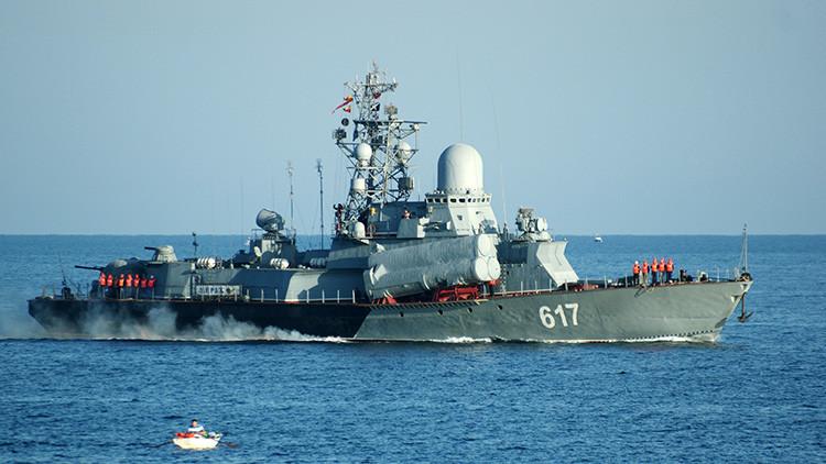 La Flota del Mar Negro de Rusia se entrena en el desembarco a gran escala