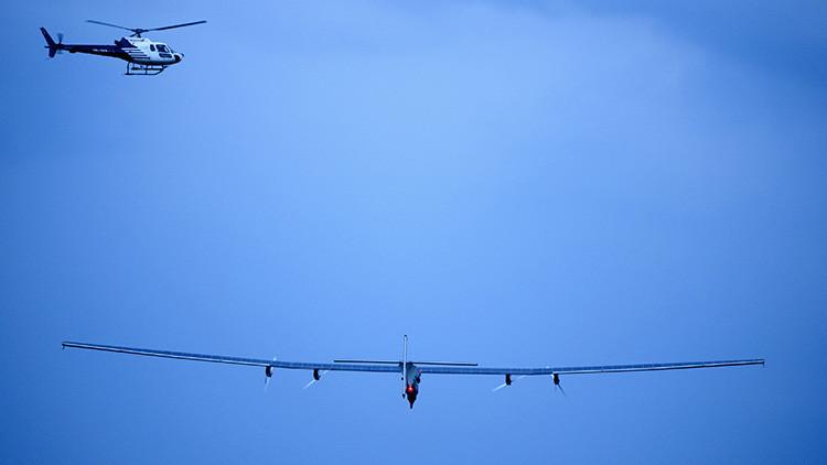 FOTOS: El primer avión solar cruza el océano Pacífico