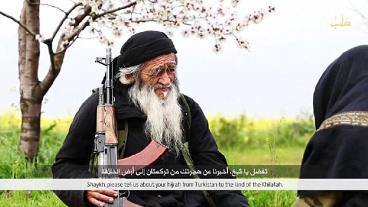 El Estado Islámico difunde imágenes de su combatiente más longevo