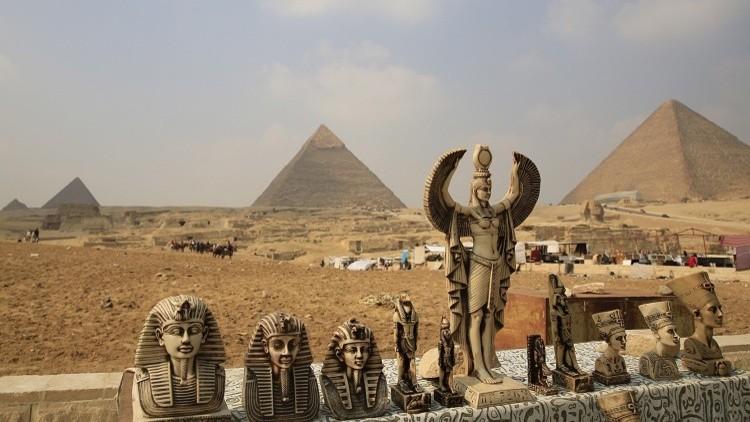 El Estado Islámico amenaza con demoler las pirámides de Giza en Egipto
