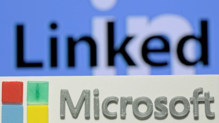 """¿Para qué compra Microsoft la red social """"más aburrida del mundo""""?"""